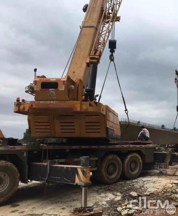 柳工TC750C5起重机施工作业