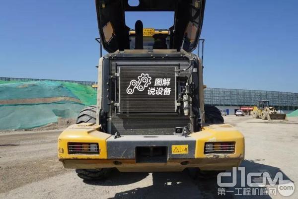柳工862H装载机散热系统