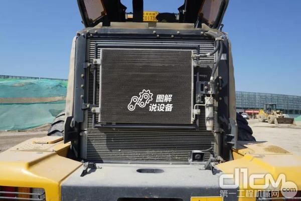柳工862H装载机空调冷却系统