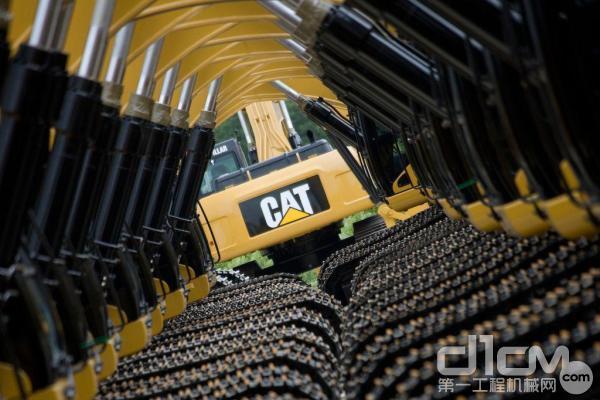 卡特彼勒挖掘机拥有强大的技术创新能力和不错的市场占有率