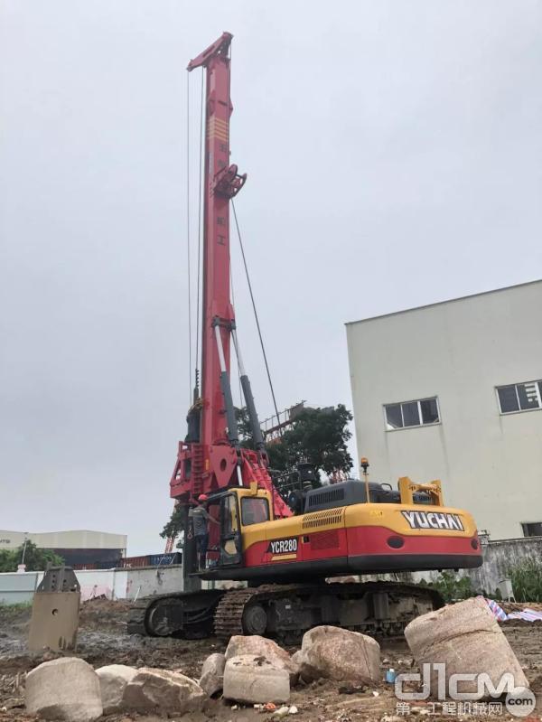 玉柴集团国Ⅵ发动机产品河南濮阳展出