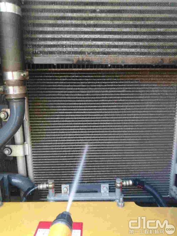 清洗散热装置