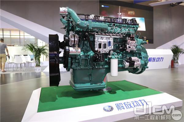 解放动力CA6DM211升国六发动机