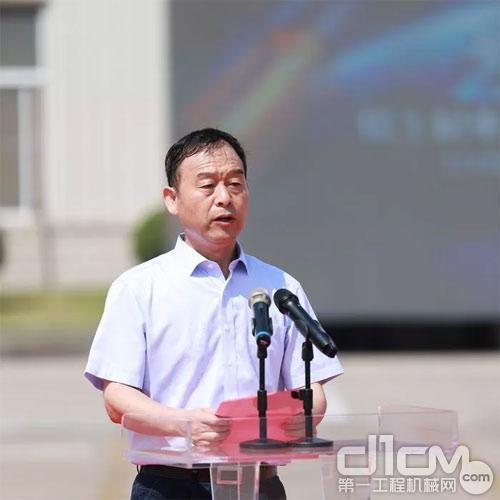 徐工机械副总裁、起重机械事业部总经理孙建忠致辞