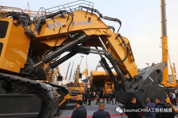 徐工集团XE4000C超大型液压挖掘机