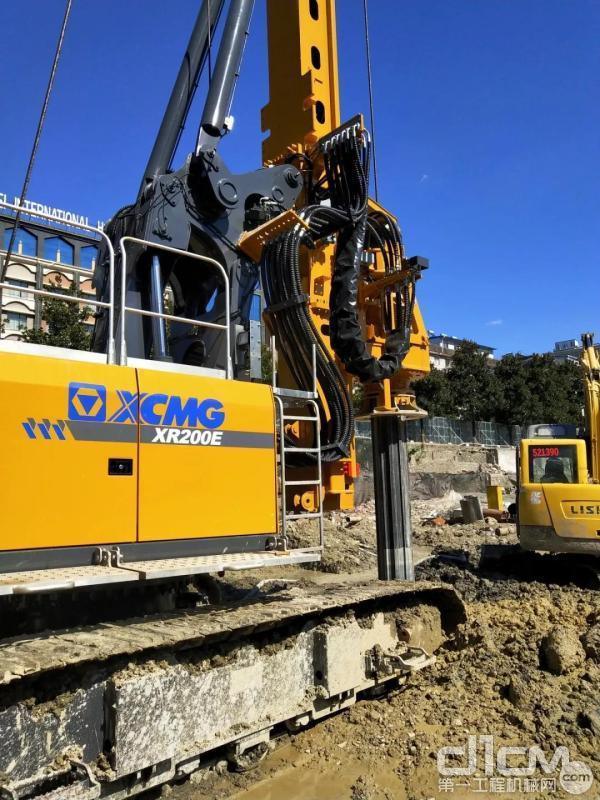 XR200E旋挖钻机施工效率高