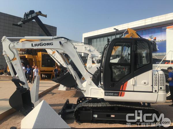 柳工906E-EV挖掘机