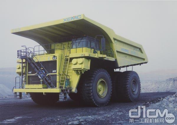 力拓SF35100型300t电动轮自卸车