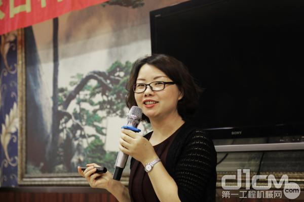 日立建机(中国)CSR事务局祖后平女士讲述CSR公益事业