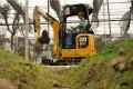 新一代302 CR迷你型挖掘机