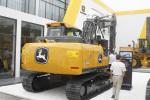 约翰迪尔E140 LC履带挖掘机