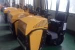 宜迅YX-1000座驾式单振压路机