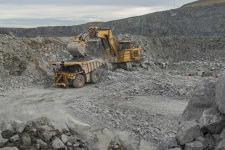 卡特彼勒6050/6050 FS矿用液压挖掘机 整机视图12287