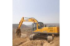 徐工XE265C履带挖掘机施工现场全部图片