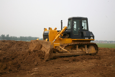 山推SD16标准型推土机施工现场全部图片