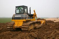 山推SD22S湿地型推土机施工现场全部图片