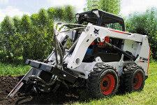 山猫S630滑移装载机施工现场全部图片