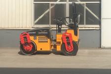 科泰KD03HDZ全液压小钢轮压路机