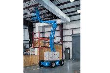 Z™-34/22 DC自行式曲臂型高空作业平台