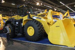 小松WA500-7轮式挖机