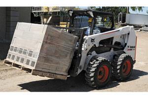 山猫S630滑移装载机图片集