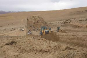 山推SD42-3标准型推土机图片集