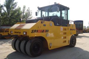 山推SR30T-3膠輪壓路機