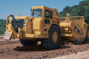 卡特彼勒637G轮式自行式铲运机图片集