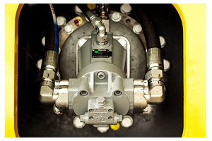 三一SSR200AC-8单驱全液压单钢轮压路机图片集