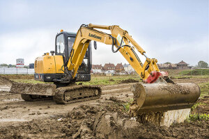 CLG906D挖掘机图片
