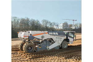 维特根WR 250 型冷再生及土壤稳定机图片集