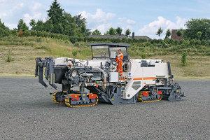 维特根2200 CR 型冷再生机图片集