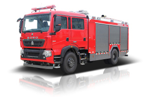 中聯重科ZLF5200GXFPM70/ZLF5200GXFSG70型泡沫水罐消防車