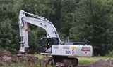 白色日立ZX 350 - 5挖掘机视频