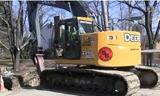 迪尔225D LC挖掘机视频