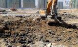 施工视频——三一285-9在挖掘机工作