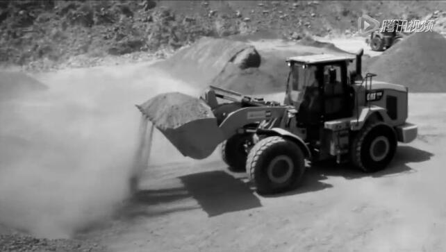 卡特彼勒Cat 950 GC轮式装载机工作实拍