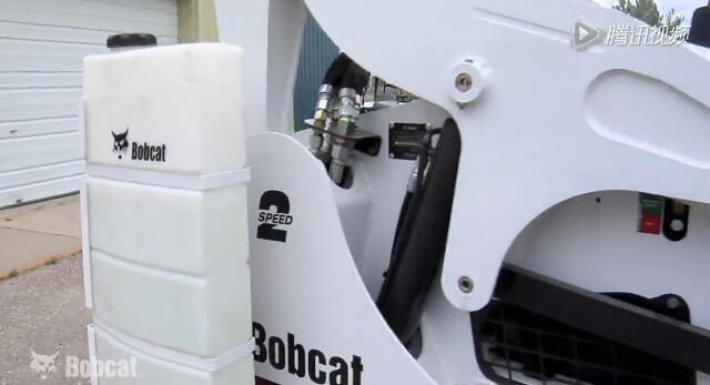 山猫滑移装载机万能属具之水箱套件