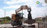 工程机械中的战斗机,虎背熊腰的路轨挖掘机
