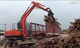 晋工轮挖木头装卸