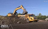 卡特349ELME挖掘机装载A30自卸车