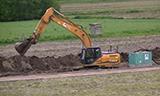 凯斯CX210B挖掘机挖沟