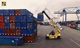 Hyster - Reach Stacker集装箱正面吊在鹿特丹港工作