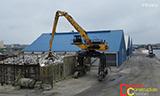 卡特彼勒CH74D物料装卸机工作