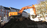 日立ZAXIS350挖掘机工作