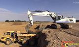 利渤海尔R956挖掘机装载沃尔沃A30自卸车