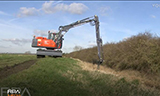 阿特拉斯150W轮式挖掘机视频
