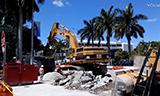 卡特彼勒365B挖掘机工作