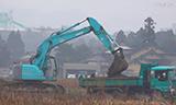 神钢挖掘机工作