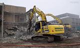 小松HB 215LC-2挖掘机拆楼